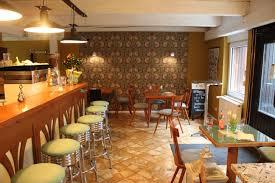 Wohnzimmer Wiesbaden Fnungszeiten Ein Café Mit Kiez Atmosphäre