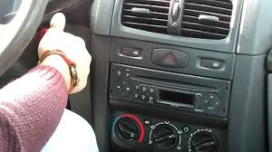 Renault Clio Symbol Teyp Nasıl Sökülür Sound System Removed