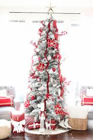 classic and white tree decorating ideas