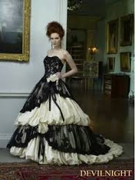 robe de mari e gothique robe de mariée robes de mariee