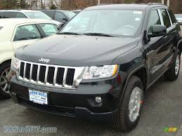jeep cherokee black 2012 2012 jeep grand cherokee laredo 4x4 in black forest green pearl