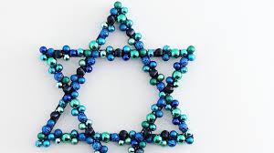 hanukkah ornament wreath martha stewart