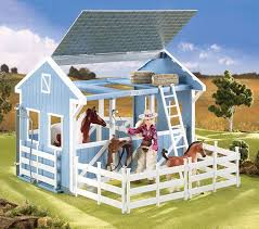 amazon com breyer classics country stable with wash stall toys