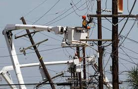 Power Lineman Memes - spine chilling linemen photos during work