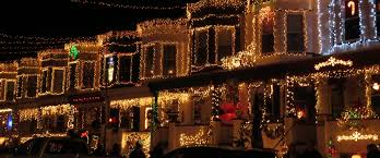 houses with christmas lights near me tipsy tourist spiked cider and christmas lights a day away travel