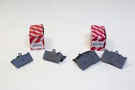 lexus ls430 brake pads oem amazon com toyota genuine parts 04465 50240 and 04466 50091 front