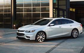 subaru sedan white sedan 5 cool facts subaru impreza awesome midsize sedan