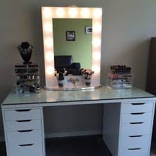Best Bathroom Lighting For Makeup Best Bathroom Lighting For Putting On Makeup Vanity Mirror With