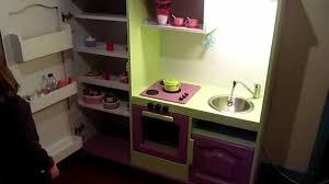 cuisine télé meuble télé recyclé en cuisine pour enfant