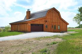 Gambrel Barns by Barn Wood Home Great Plains Gambrel Barn Home Project Dti1011