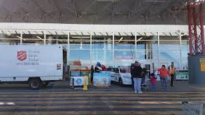 donate food for thanksgiving cram a cruiser event fills with food donations for salvation army