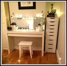 Glossy White Dresser Bedroom Glossy White Vanity Table With Lovely Tall Lighted