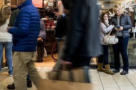 circuit city black friday black friday deals draw maine shoppers by the thousands portland
