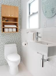 small bathroom decorating ideas pictures small bathroom decorating ideas hgtv u2013 decorating for small