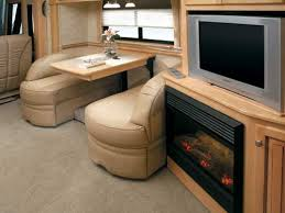 Rv Dinette Booth Bed 2006 Newmar Mountain Aire Class A Rvweb Com