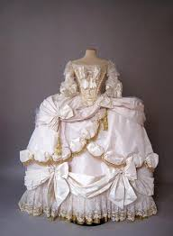 robe de mariã e vintage antoinette robe de coeur court gown 1778 79 i how