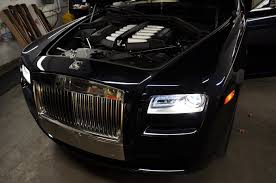 rolls royce ghost interior lights rolls royce ghost vs bentley muslanne vs bentley flying spur