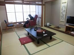 japan vlog 6 ryoukan traditional japanese style hotel futon