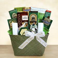 sympathy food baskets best 25 sympathy gift baskets ideas on sympathy