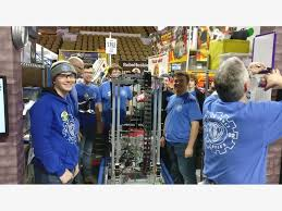 members of the round table oak creek robotics team competes nationally welcomes new members