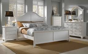 Bedroom Affordable Broyhill Bedroom Design For Peace And Serenity - Broyhill living room set