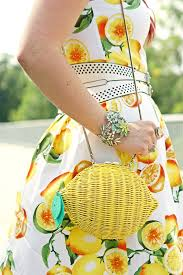 winnipeg fashion blog canadian banana republic lemon citrus