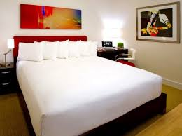 Make Your Bed Like A Hotel How To Make Your Bedroom Like A Boutique Hotel Decorating Design