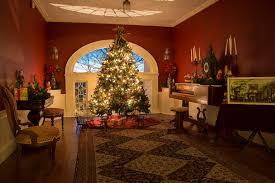 exploring linden place explore bristol blog christmas decorations at linden place bristol ri