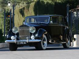 rolls royce classic limo rolls royce coachbuilt notoriousluxury