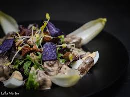 la bonne cuisine de rolande la salade de foies de volaille de julien roland chef du caveau du