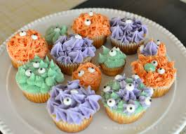 natural food dye monster cupcakes kristen hewitt
