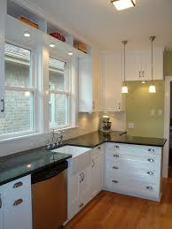 bungalow kitchen ideas 325 best kitchen remodel ideas images on home kitchen