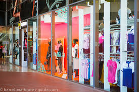clothes shop maremagnum shopping centre to barcelona port vell