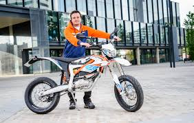 ktm electric motocross bike interview of the month arno ebner about ktm freeride e sm ktm blog