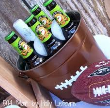 Diy Football Decorations 20 Diy Football Decorations For A Tailgate Tablescape Thegoodstuff