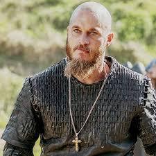 why did ragnar cut his hair vikings vikings ragnar lothbrok travis fimmel vikings pinterest