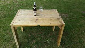 Outdoor Pallet Table Easy Reclaimed Pallet Table 99 Pallets