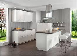 moderne kche mit kleiner insel moderne küche mit kleiner insel home dekor beeiconic