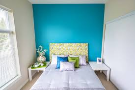 4 paint colors to avoid on a flip