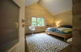 chambre en lambris bois chambre avec lambris bois maison design sibfa com