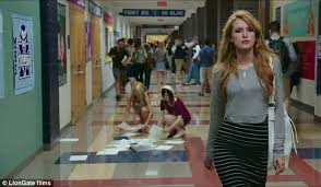 Seeking Tv Show Trailer The Duff Trailer Sees Shirtless Robbie Amell Shows Chiseled