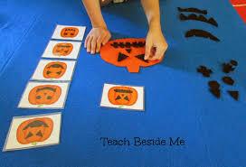 flannel board pumpkin face match teach beside me