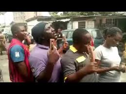 blind igbo men sings about nigeria economy buhari amaechi and