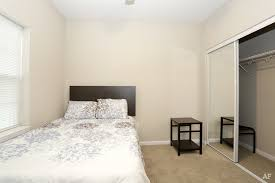 1 Bedroom Apartments Champaign Il Maywood Apartments Champaign Il Apartment Finder