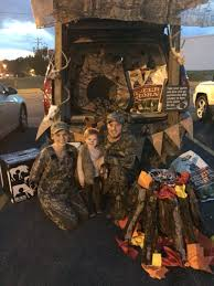 trunk or treat hunting theme hollowell holidays pinterest