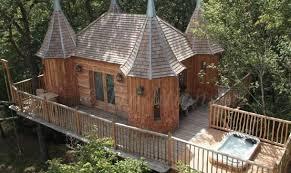chambre dans les arbres châteaux dans les arbres chambre d hote nojals et clotte