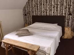 chambre fleurie chambres d hôtes bb fleurie à amand montrond chambre d
