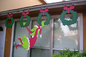 christmas grinch stealing christmas lights pattern outdoor wood