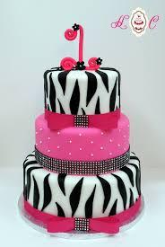 super cute designer mini celebration cakes from heavenly