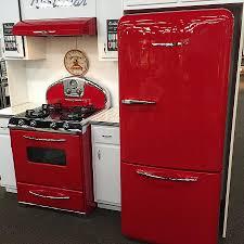Kitchen Cabinets New Orleans Baffling Retro Kitchen Appliances Features White Wooden Kitchen